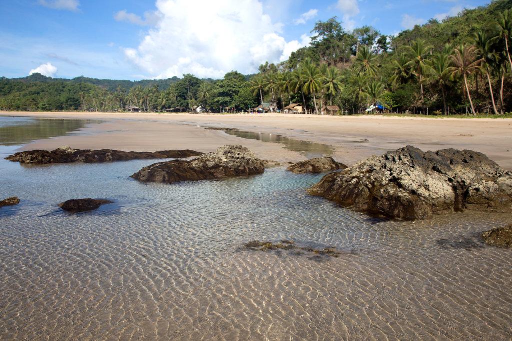 Duli-Beach-nord-palawan.jpg