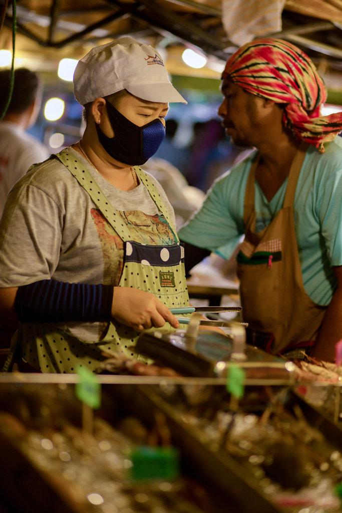Portrait et street food  à Krabi